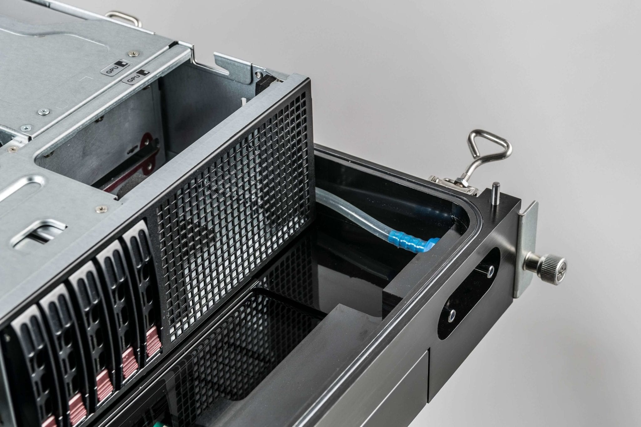 Schneider Electric, Avnet and Iceotope launch integrated rack with liquid-cooled IT